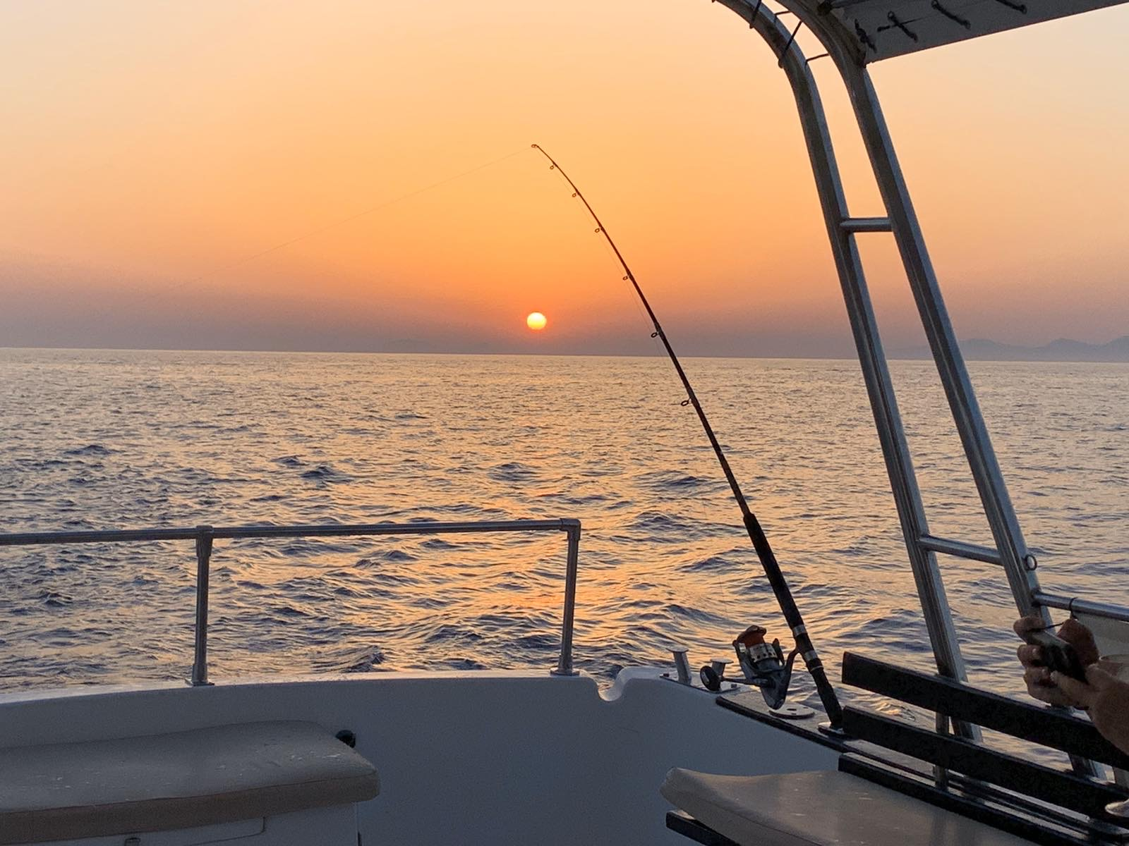 Santorini fishing tours